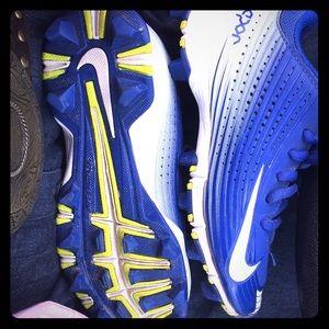 Nike baseball cleats size 13